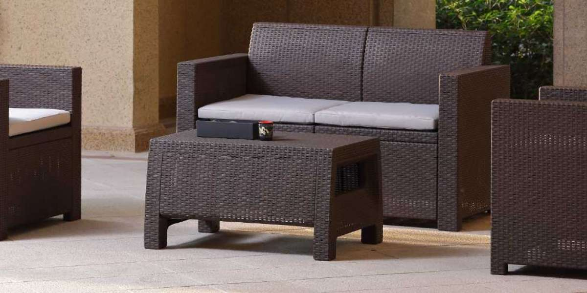 A Guide to Choose the Right Outdoor Rattan Furniture